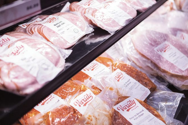 Established in 2020, Bucky's Varsity Meats is a one-of-a-kind full-service meat shop on the campus of The UW-Madison. Varsity Meats is a student-driven shop, committed to education and showcasing the incredible variety of products and cuts produced at our premier facility, the Meat Science & Animal Biologics Discovery Building.
