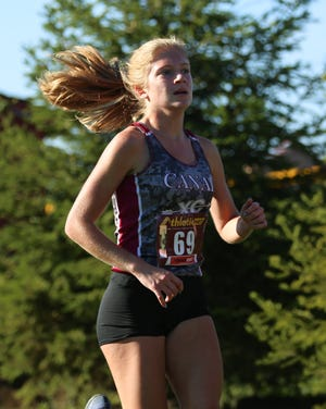 Senior Brooklyne Redmon and Canal Winchester are aiming for their second consecutive berth to the Division I regional meet.