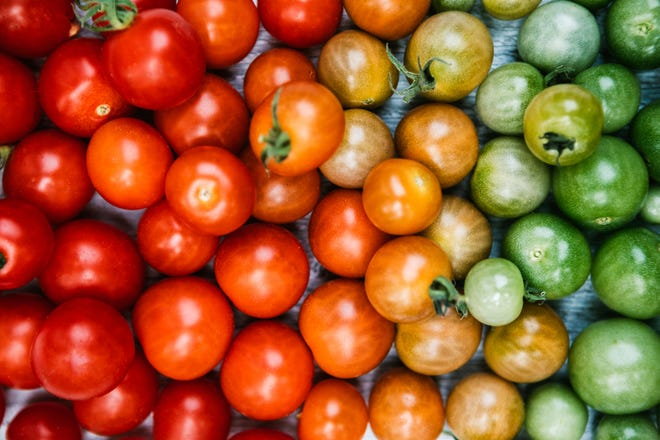 Take advantage of the late summer harvest to eat the recommended amount of fruits and vegetables.