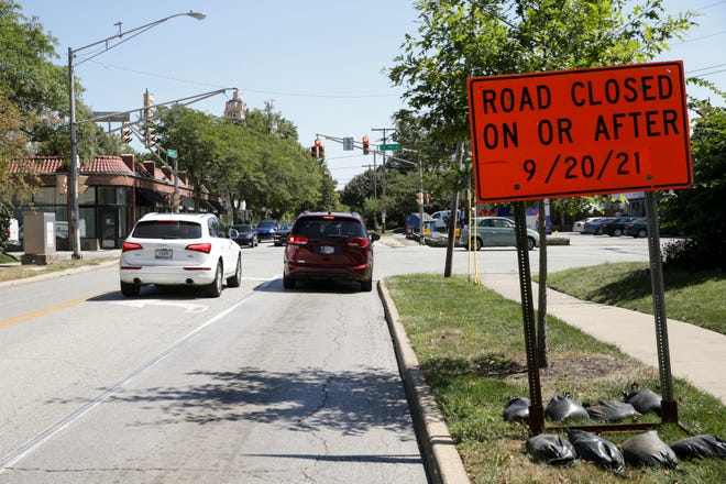 Cars travel through the intersection of Kossuth and South 9th Street, Wednesday, Sept. 1, 2021 in Lafayette.