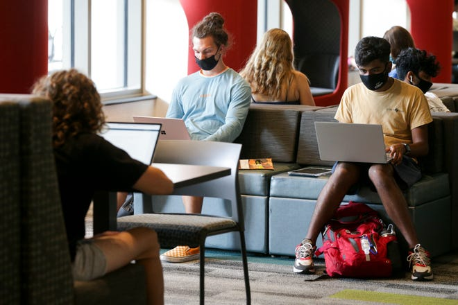 Students study inside Purdue University's Wilmeth Active Learning Center, Tuesday, Aug. 31, 2021 in West Lafayette.