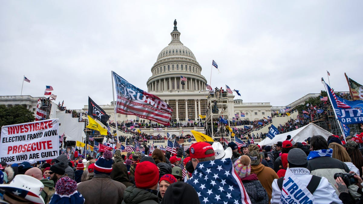 'Justice for J6' organizers urge rallygoers not to wear Trump, Biden clothes to DC protest