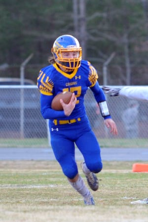 Southwestern Randolph quarterback Keaton Reed has thrown for 250 yards and 5 touchdowns in 2 games. [Mike Duprez/Courier-Tribune]