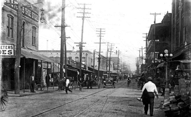 Broad Street at Houston Street in downtown Jacksonville, pictured in 1915.