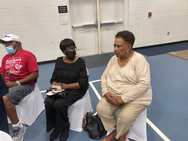 Pictured are Oak Ridge 85 members L.C. Gipson, from left, Dorothy Kirk Lewis and Eloise Mitchell at an event at Scarboro Community Center.