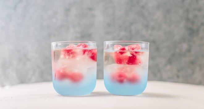 Raspberry Prosecco Ice Cubes