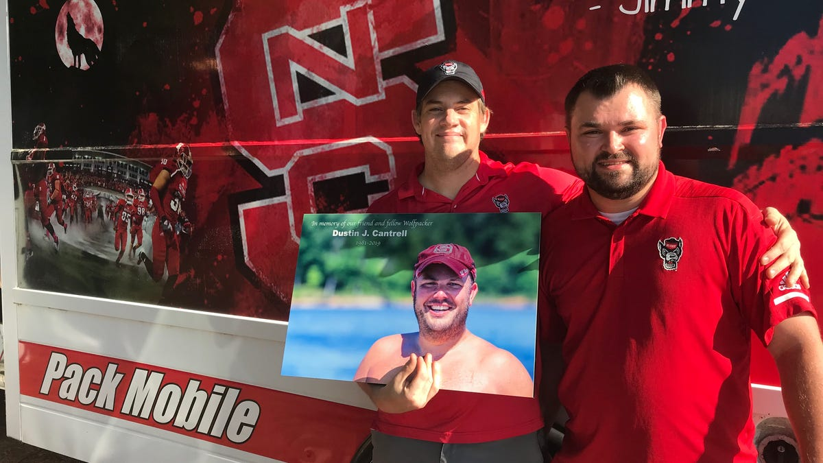 Tailgaiting and full stands return to Carter-Finley after 635 days away