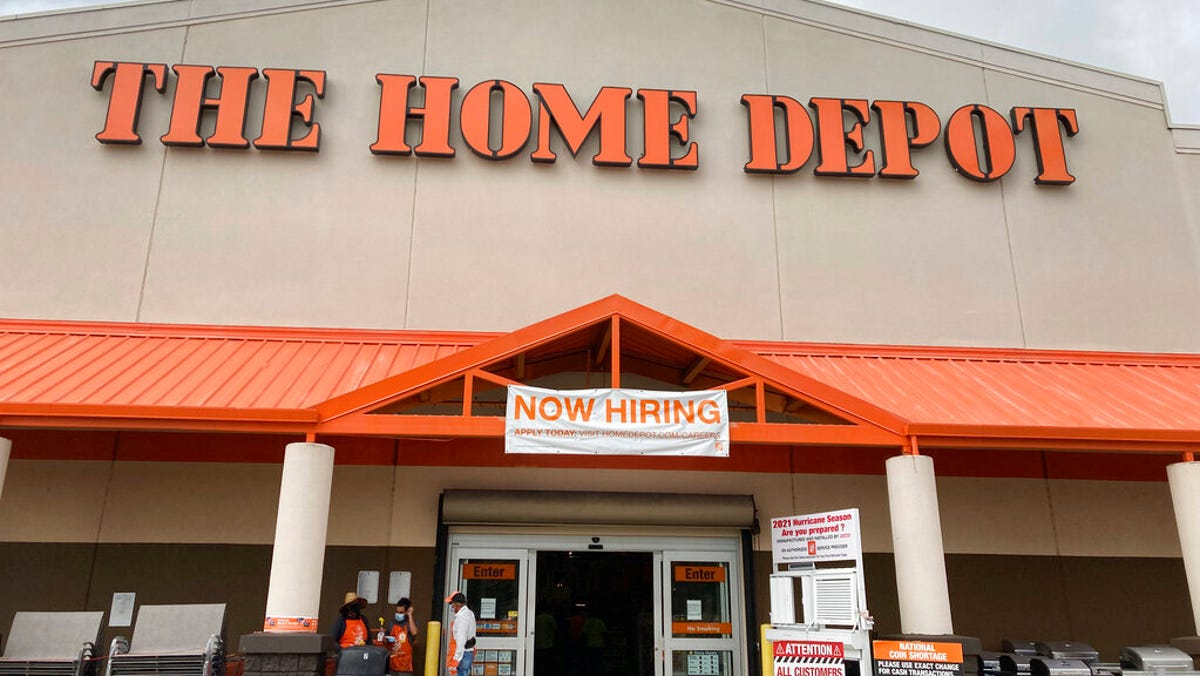 Photo of What stores are open Labor Day? Home Depot, Lowe's, Walmart and Target are, but Costco is closed