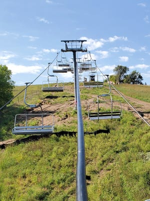 New chair lift at Great Bear Ski Valley in Sioux Falls.