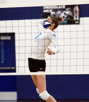 Madison Smith totaled a new season high 15 kills in a dual match Thursday to help the Comets to a win.