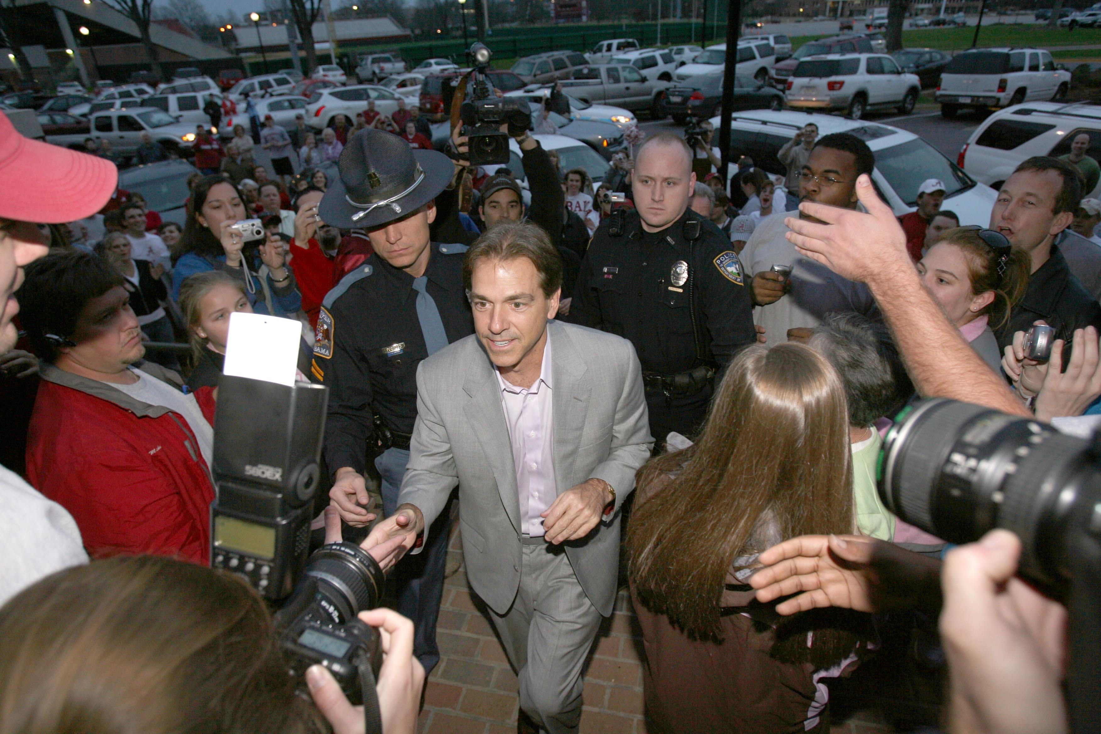 1-3-2007 -- Tuscaloosa, Ala -- Nick Saban arrives at the football building on the University of Alabama campus on Wednesday evening after accepting the position as football coach. (Tuscaloosa News / Robert Sutton)