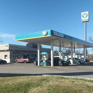 The Jaxx Fuel convenience store in Ferris sold a winning Mega Millions ticket worth $1 million in Tuesday night's draw, according to the Texas Lottery.