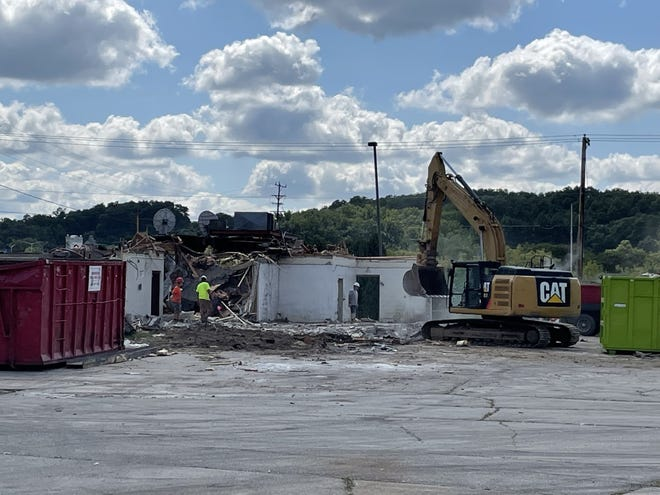 The former Perkins in the city of Delafield is being taken down. An Olive Garden will be built in its place.