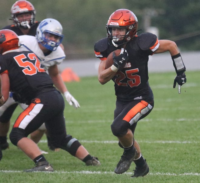 Lucas' Andrew Fanello has the Cubs back at No. 1 in the Richland County Football Power Poll.