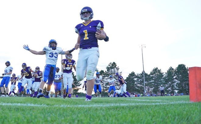 Bronson's Jordan Shadix cruises into the end zone for one of his three rushing touchdowns Thursday night