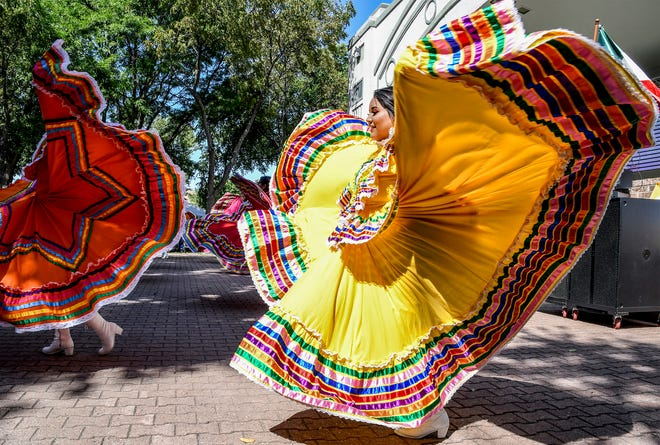 Anna Lozano, right, and other dancers with the local folkloric group Sol de Mexico perform a traditional Mexican dance in Stevens Park during the 2019 Garden City Community Mexican Fiesta. This year's celebration will have events on Friday and Saturday.