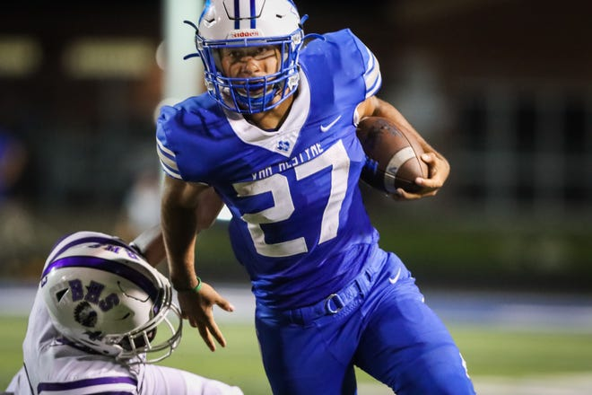 Van Alstyne's Jaden Mahan ran for 134 yards and two touchdowns in the Panthers' victory over Bonham.
