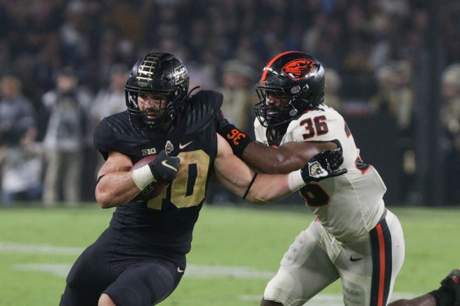 Purdue running back Zander Horvath (40) runs the ball during the second quarter of an NCAA college football game, Saturday, Sept. 4, 2021 at Ross-Ade Stadium in West Lafayette.