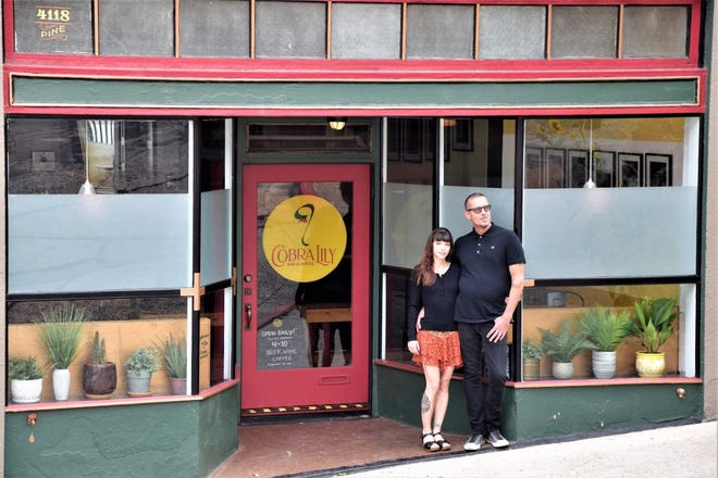 After seven years of planning, Martin and Lindsay Hanley opened Cobra Lily Bar & Bottle in Dunsmuir, California. A place for the community and visitors alike to come and enjoy the tastes of excellence in regional beers, wine and coffee at 4118 Pine Street in Dunsmuir.