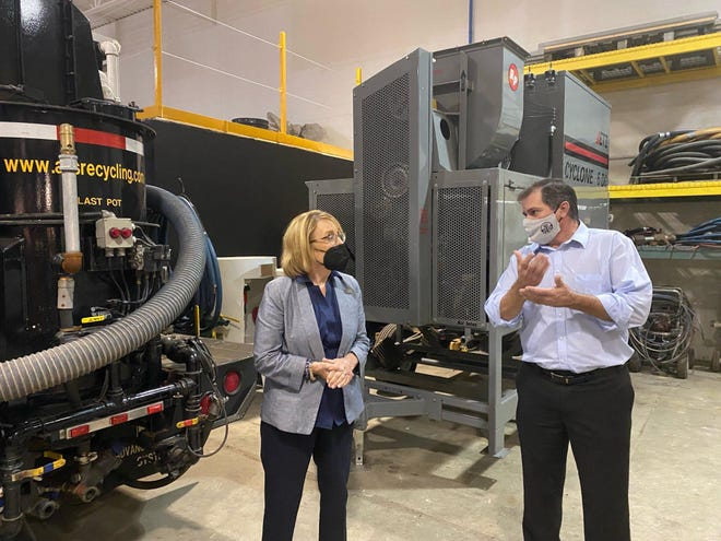 U.S. Senator Maggie Hassan visited the International Union of Painters and Allied Trades Training (IUPAT) Center in Brentwood last week, where she spoke with union leaders and apprentices about the importance of infrastructure investments to help create good-paying jobs for Granite Staters.