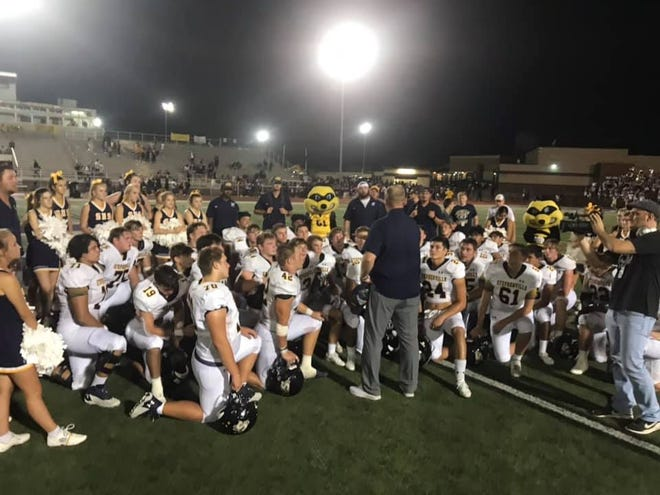The Stephenville Yellow Jackets moved to 2-0 on the season after beating the Everman Bulldogs on Friday night in Everman, 38-14. Next up, the Jackets are back in Stephenville to host the Salado Eagles at 7:30 p.m. Friday at Tarleton's Memorial Stadium. Tickets can be purchased online at stephenvilleisd.hometownticketing.com