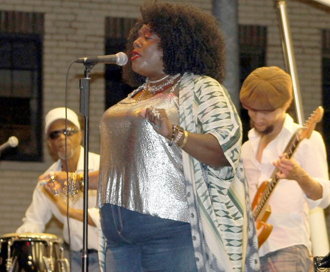 """Thornetta Davis sings """"That Don't Appease Me"""" at """"HarmonyFest"""" in Three Rivers."""