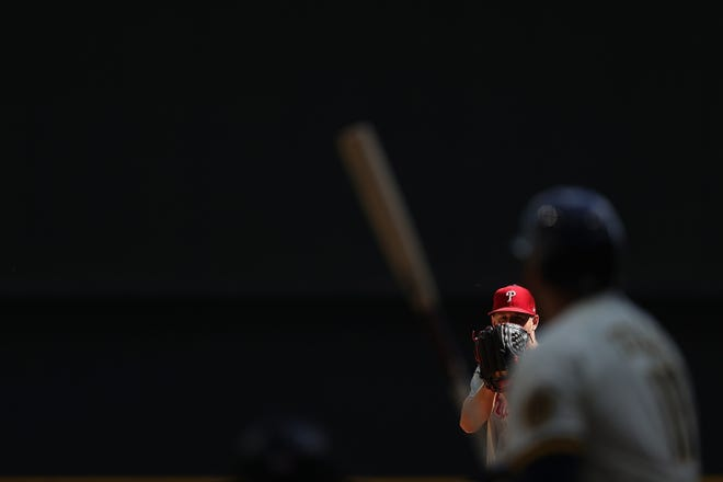 Phillies starter Zack Wheeler struck out nine, didn't walk anyone and gave up just five hits to the Brewers in six innings Monday.