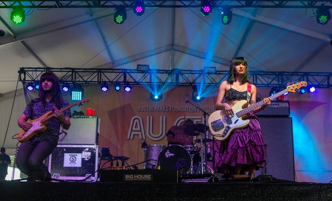 Mark Speer and Laura Lee of Khruangbin perform in 2018 during Weekend One of Austin City Limits Music Festival at Zilker Park.