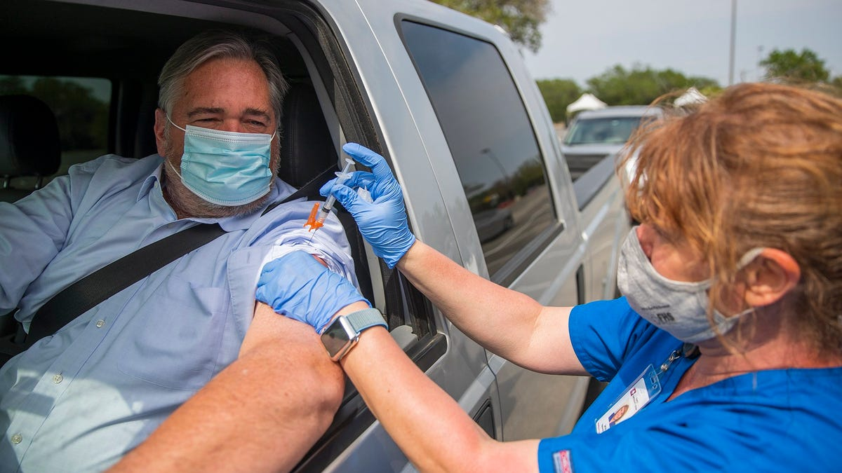 '2 arms, 2 shots': Austin health leaders push for flu, COVID vaccines to free up hospitals