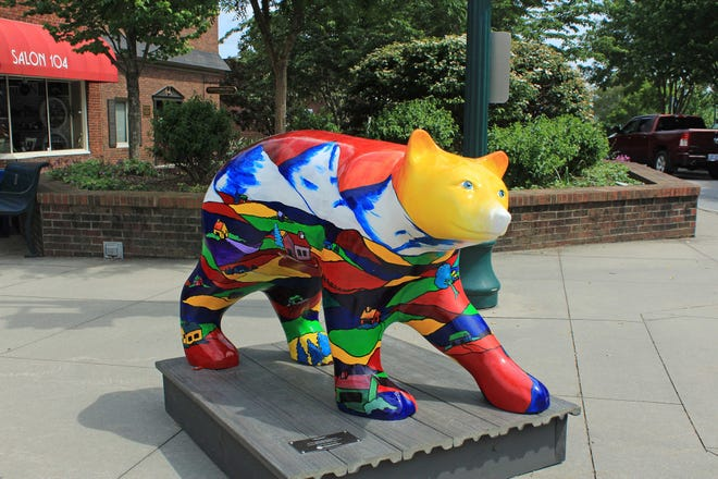 One of the 2021 Bearfootin' Bears in downtown Hendersonville being sold through a virtual auction that ends Oct. 16.