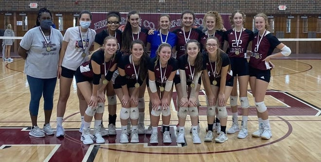 Henderson County won the championship of its own Jerry Mezur Spikefest which was played Friday and Saturday at Henderson County High School.