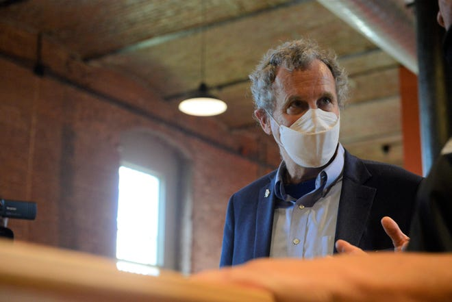Sen. Sherrod Brown visits the newly opened North Central Ohio Industrial Museum at the Ohio State Reformatory.