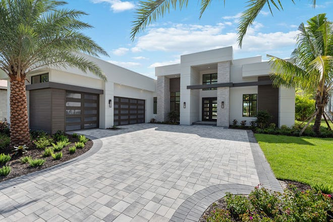 Seagate Development Group is building a custom home in Miromar Lakes, Florida. It recently completed its Burrata model, pictured here, also in Miromar Lakes, Florida.