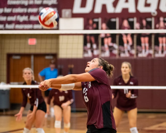 Pasadena High School Girls Volleyball Team to Play Against