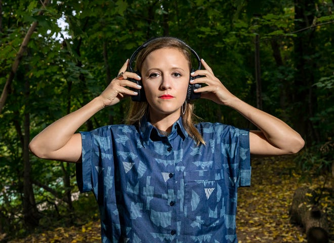 Ellen Reid SOUNDWALK is a GPS-enabled work of public art that uses music to illuminate the natural environment such as Ijams Nature Center in Knoxville. Composer Reid, an Oak Ridge native, won a Pulitzer Prize for Music.