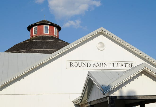 The Round Barn Theatre is located at the Barns of Nappanee in Nappanee.