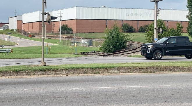 The Gadsden City Council on Tuesday, Sept. 7, 2021, approved paying a 10% match for a federally funded ALDOT project to repair the rough railroad crossing at Sixth Street and Meighan Boulevard in East Gadsden.
