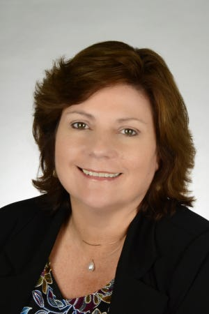 Dr. Hayley W. Murphy