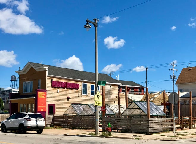 The first Southside Dining Week starts Oct. 23 with live music at Zocalo Food Park, 636 S. Sixth St., from 11 a.m. to 2 p.m. The week runs through Oct. 30 and is expected to include more than 20 restaurants.