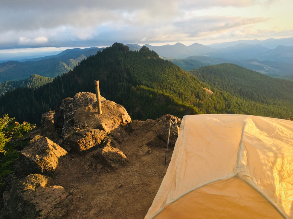 Paul Lask's camp on Middle Pyramid during his route on the Old Cascades Loop