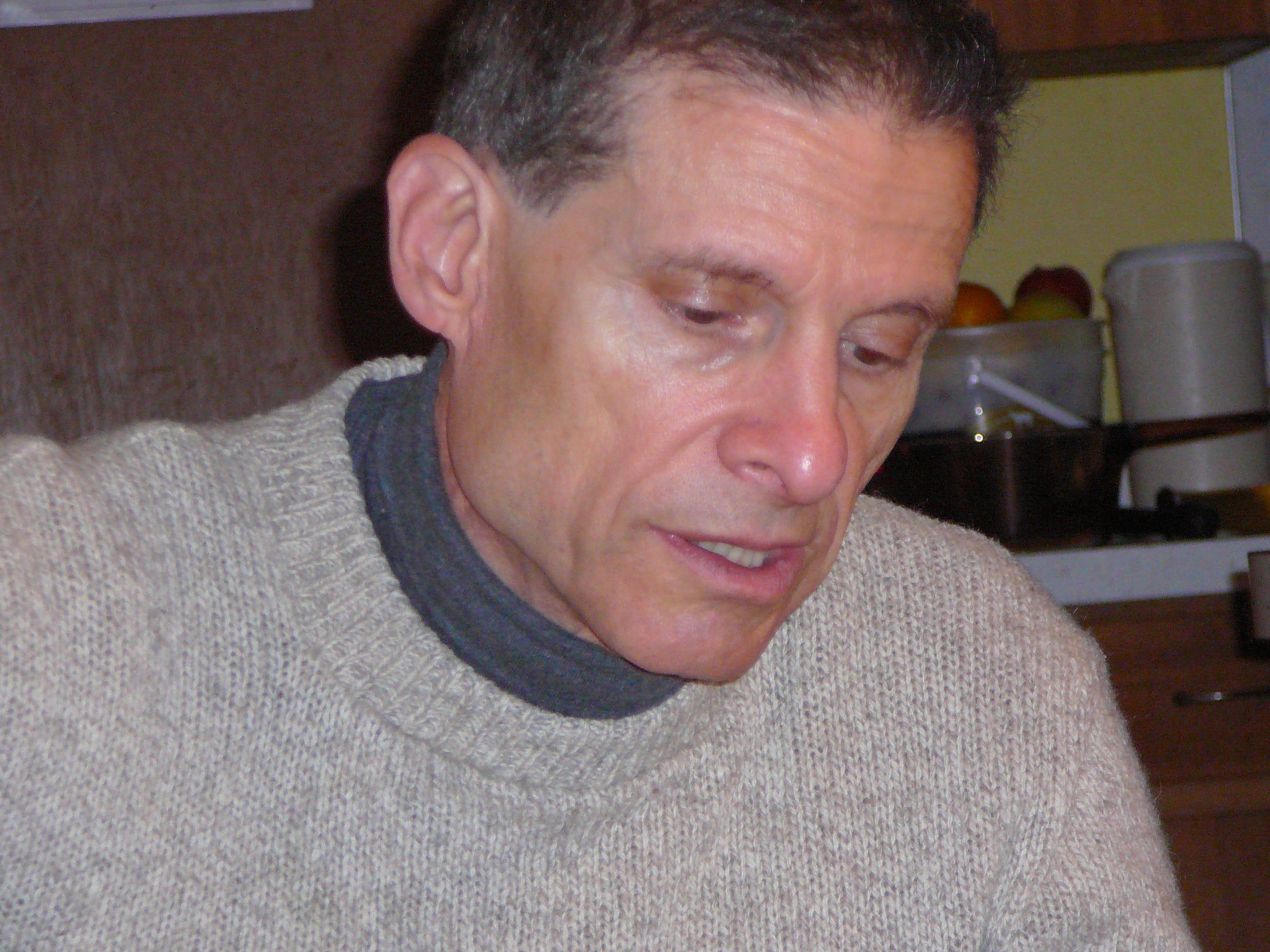 Photo of Evan Fales.