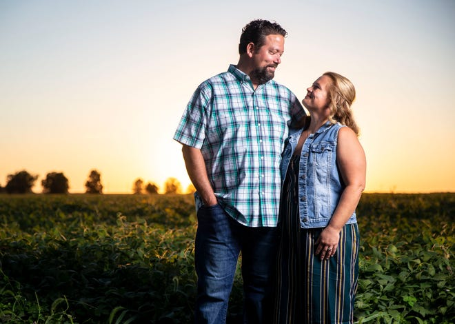 Chris Akers, left, a former U.S. Navy officer who survived the attack on the Pentagon on 9/11, is getting married to his fiancé Aleisha Hagele, right, on the 20th anniversary of the attacks. [Justin L. Fowler/The State Journal-Register]