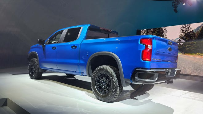 The 2022 Chevy Silverado comes with either a 5 3/4-foot or 8-foot bed. Note the signature Chevy corner step bumpers.