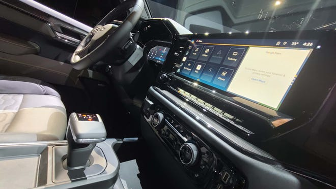 The 2022 Chevy Silverado sports a transformed interior with T-shifter (on bucket seat models) and 13.4-inch console screen.