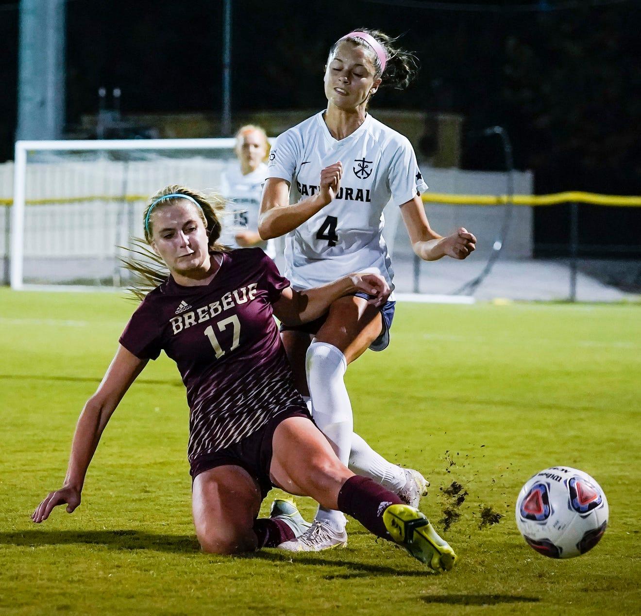 Girls soccer: Brebeufs Josie Studley makes return to