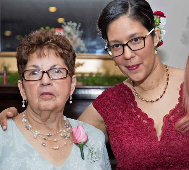 Ana Martinez and her daughter, Vivian Zayas