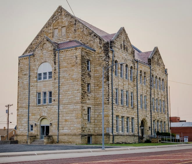 The Hays City Commission cleared the way Thursday for the historic former St. Joseph's School and Parish Center at 210 W. 13th to be converted into apartments.
