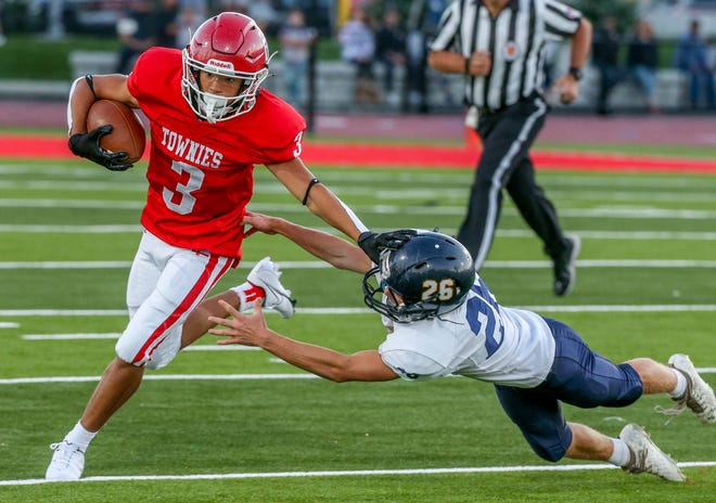 Can East Providence get its first win of the season when it hosts Burrillville this week? Eric Rueb let's you know in his weekly picks column.