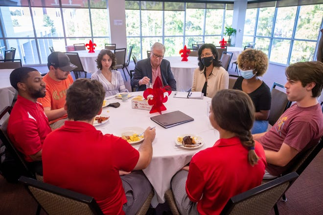 Louisiana Commissioner of Higher Education Kim Hunter Reed meeting with University of New Orleans and Nicholls State University students displaced by Hurricane Ida who have relocated to the campus of UL Lafayette. Friday, Sept. 10, 2021.