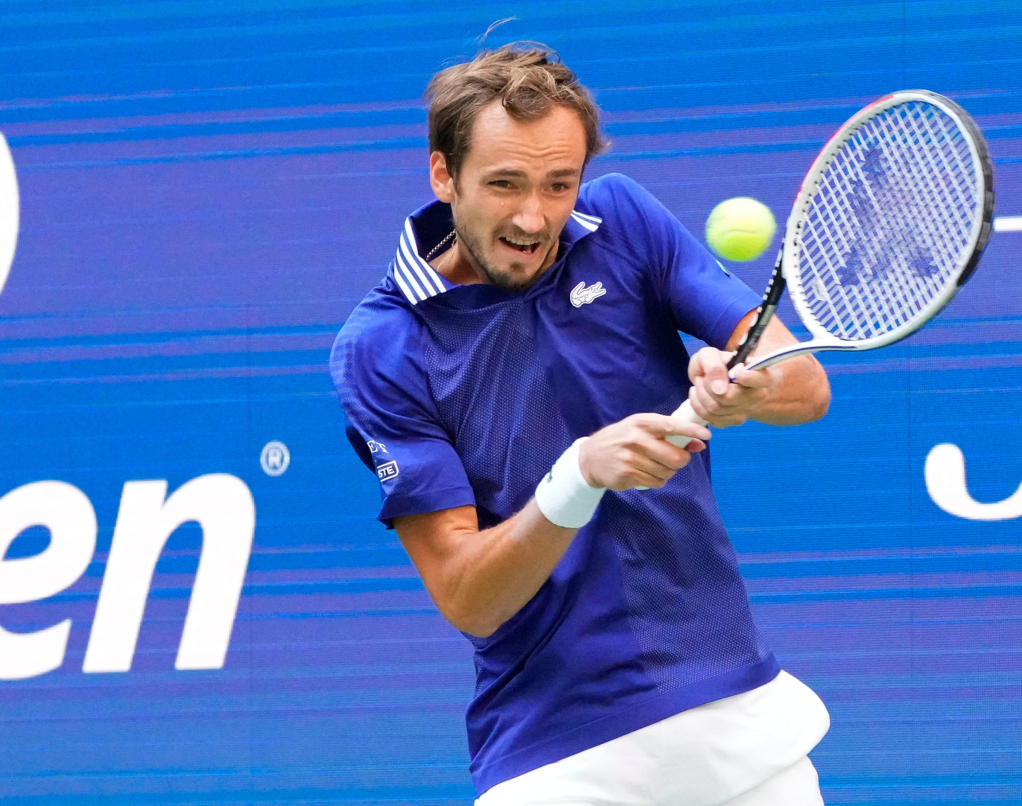 US Open: Daniil Medvedev beats Felix Auger-Aliassime to reach final